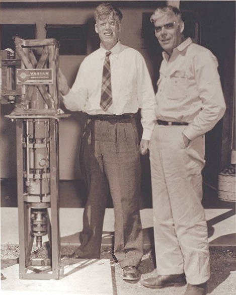 Russell and Sigurd Varian with the Klystron tube
